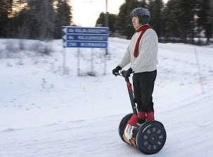 15_Juhani-Risku-Segway-Ivalo-Murmask-Dec-2009-Arctic-clothing-Winterfication